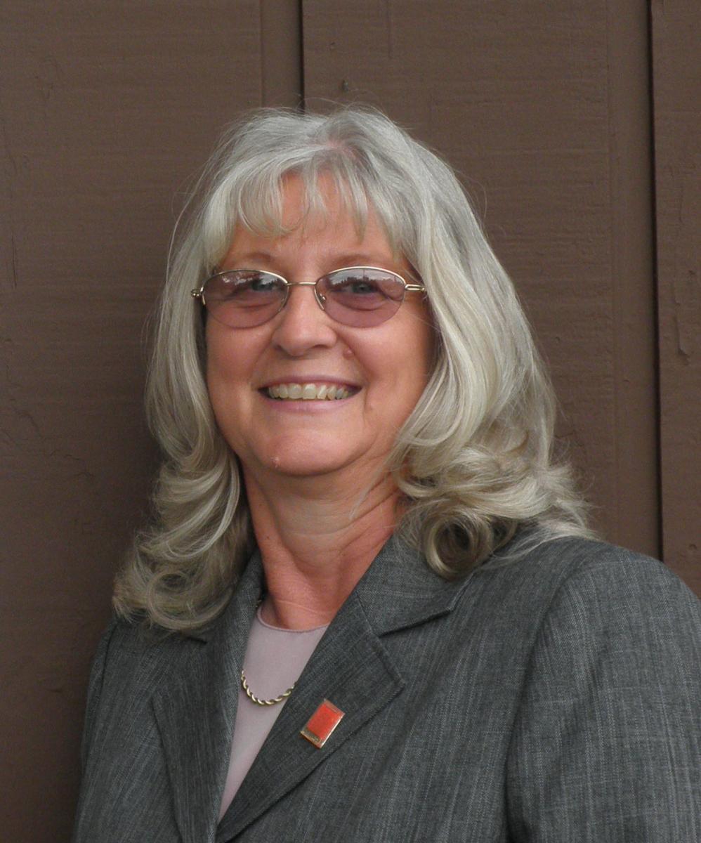 Darlene Luksin